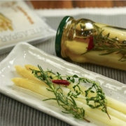 White asparagus pickles
