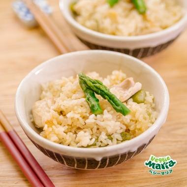 アスパラガスと鶏肉のカリフラワーライス炊き込みご飯