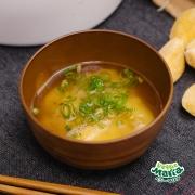 アンデスポテトのバター風味味噌汁