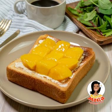 マンゴーとクリームチーズのトースト