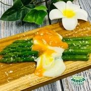 【ちょい足し】アスパラと温泉卵のおしゃれサラダ